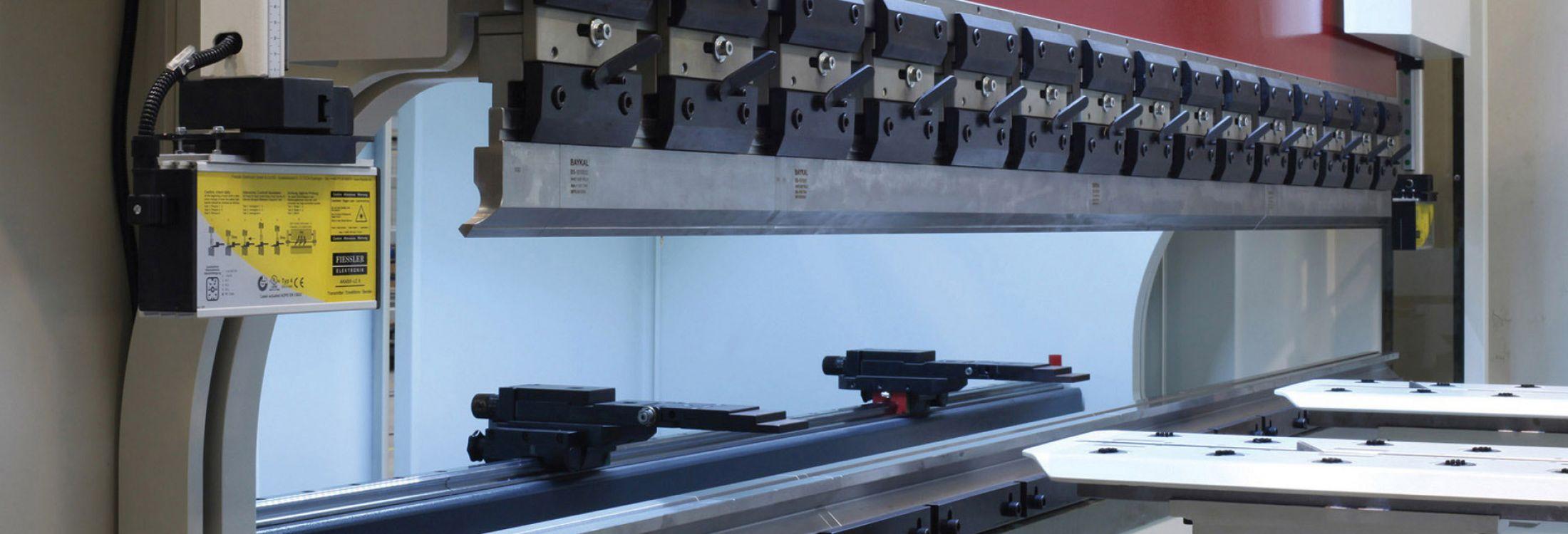 PRECISION CNC PRESS BRAKES