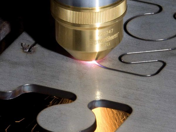 Single Gas or High Definition Plasma Cutting?